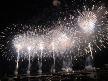 秋・冬の熱海海上花火大会追加日程