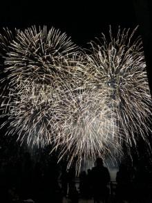 今年最後の熱海海上花火大会