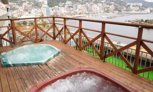絶景の屋上露天ジャグジー風呂。